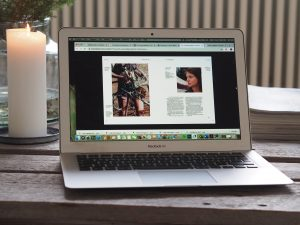 Dator som visar digital sida av Konstperspektiv