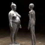 skulpture man och kvinna